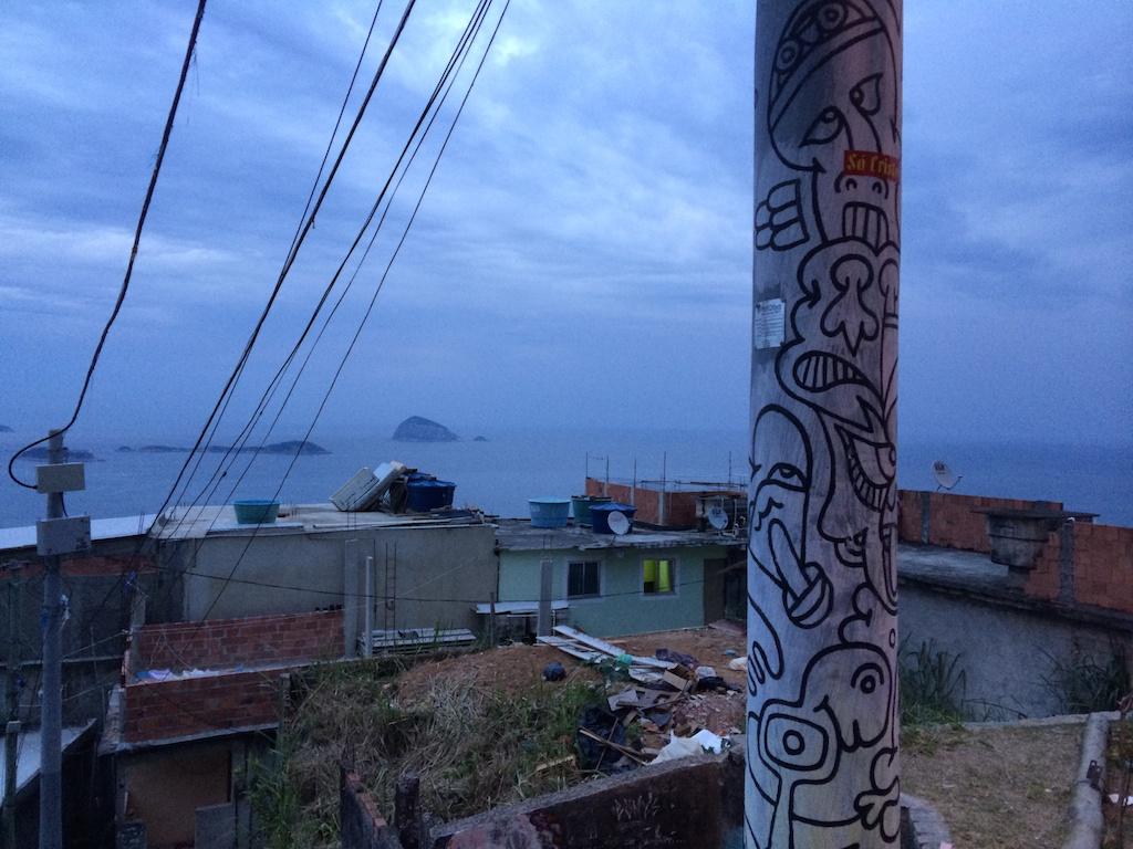 rio_favela_2
